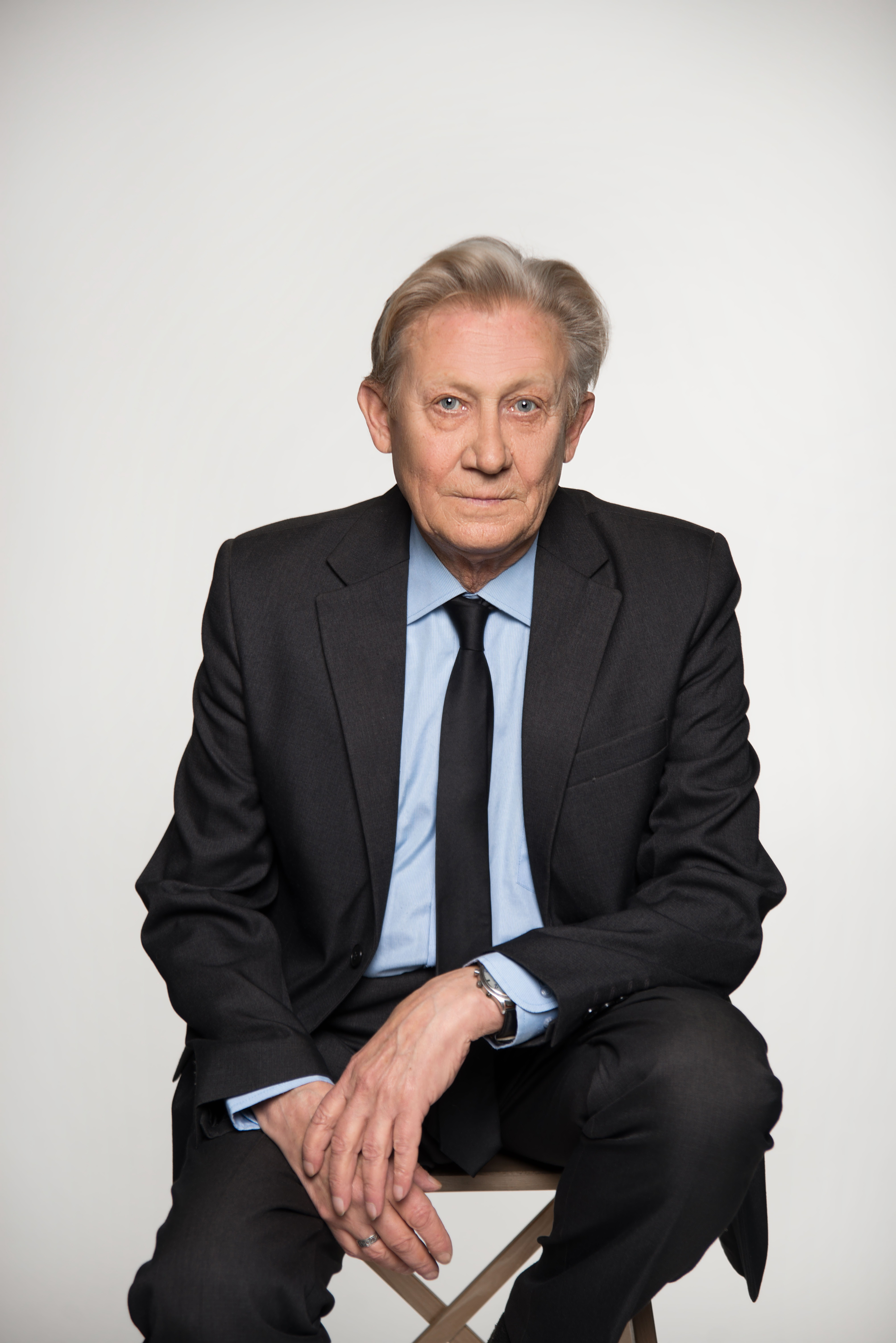 Владимир Остапов